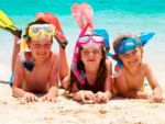 Як зробити дитячий відпочинок здоровим і безпечним