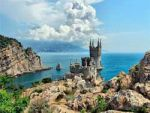 Де відпочити влітку: 5 найкращих містечок Криму