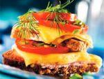Як приготувати гарячий бутерброд з сиром