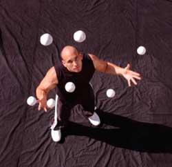 Як навчитися жонглювати