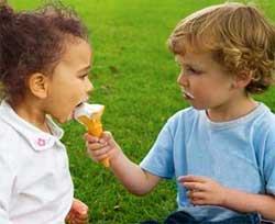 Як виховати дитину доброю і чуйною