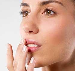 Правда і міфи про красу та здоров'я губ