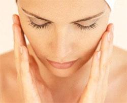 Як провести глибоку чистку обличчя в домашніх умовах