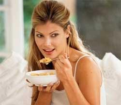 Що можна їсти перед сном без шкоди для фігури