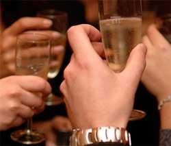 Алкогольне отруєння: як не зіпсувати свято
