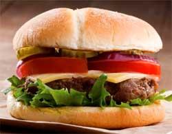 Як приготувати чізбургер вдома