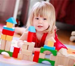 Як вибрати безпечну іграшку для дитини